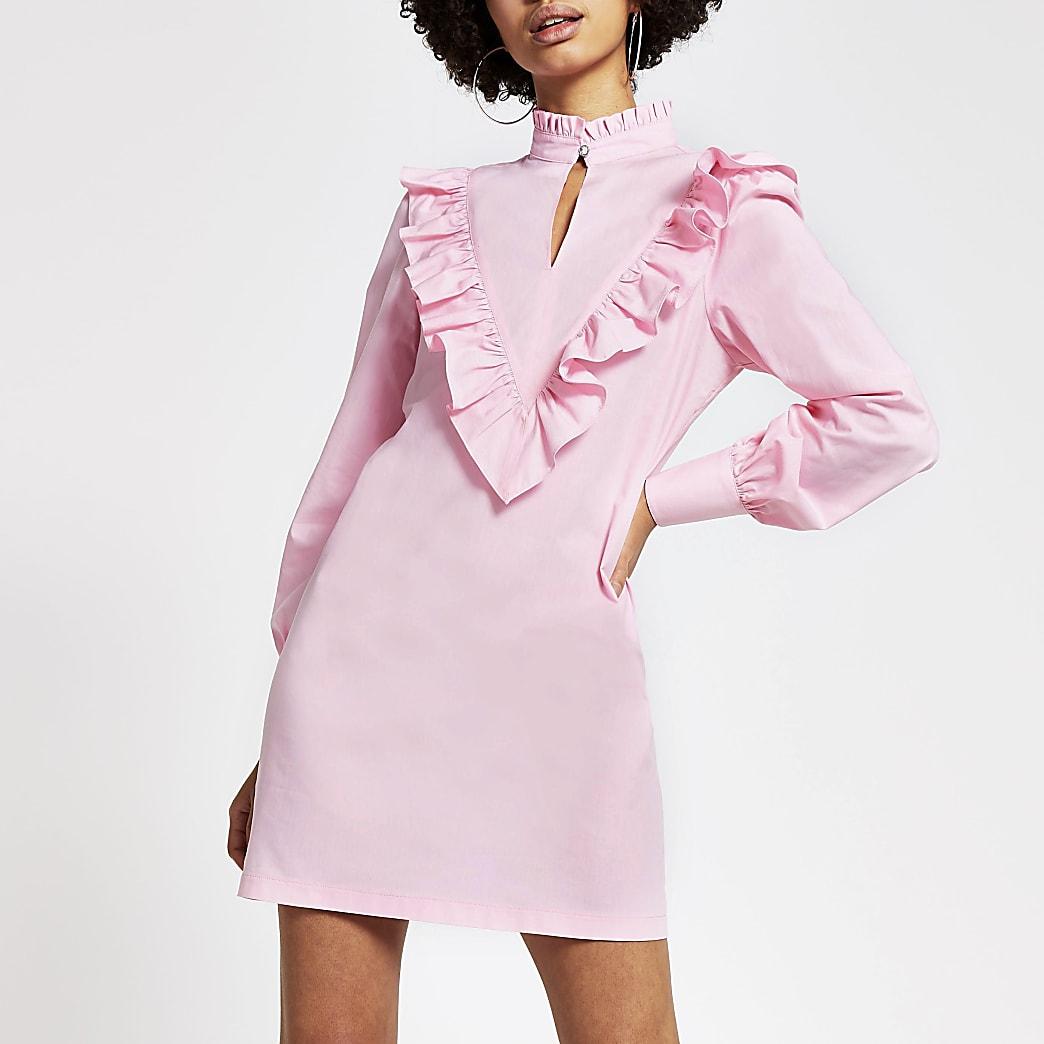 Roze hoogsluitende mini-jurk met ruches en lange mouwen
