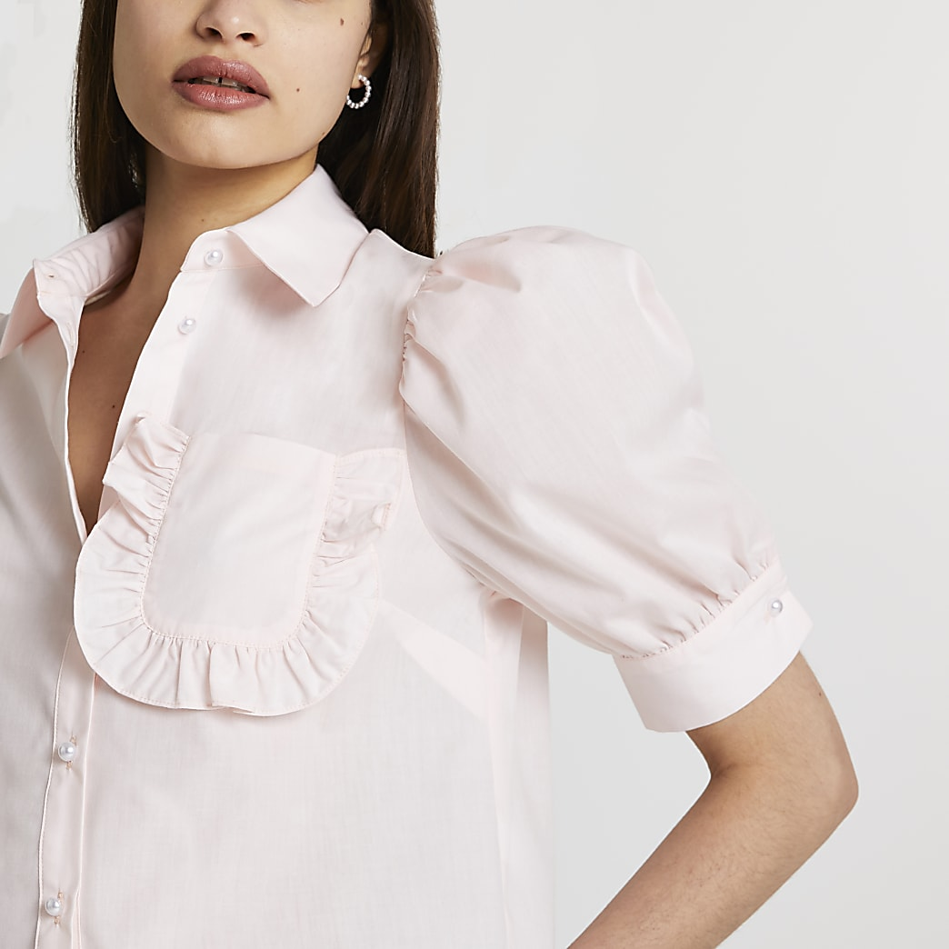 Pink frill pocket short sleeve shirt