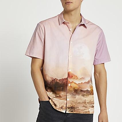 Pink graphic back detail short sleeve shirt