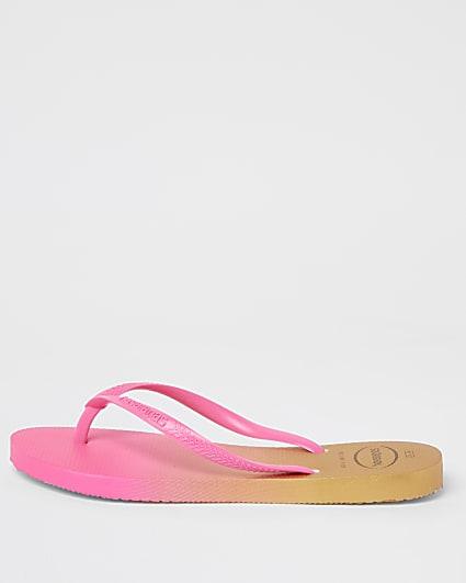 Pink Havaianas ombre flip flops