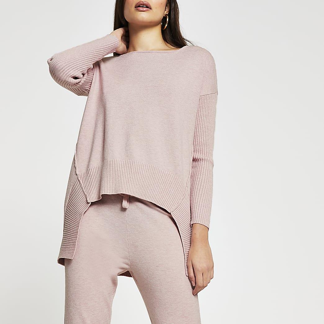 Pink hem detail jumper