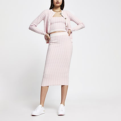 Pink houndstooth knitted midi skirt