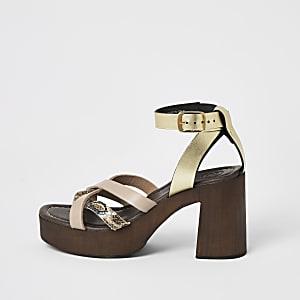 Pink leather toe thong platform sandals