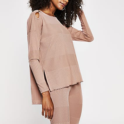 Pink long sleeve keyhole detail top
