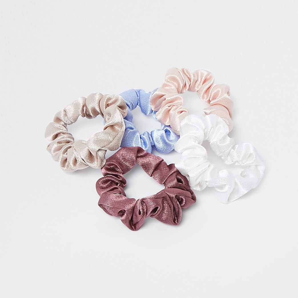 Pink mixed satin scrunchies 5 pack