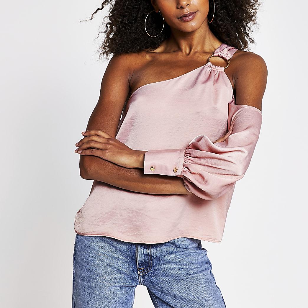 Pink one shoulder buckle top