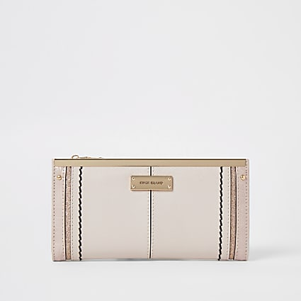 Pink panelled bar clip purse