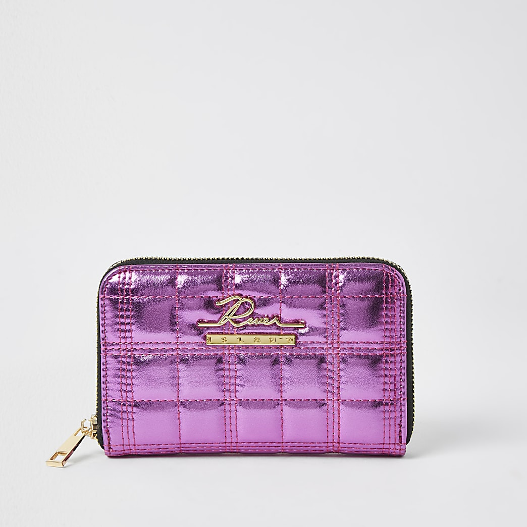 Pink patent quilted zip purse