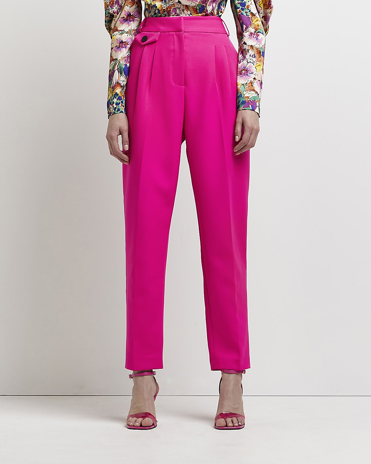 Pink pleated tapered trousers River island