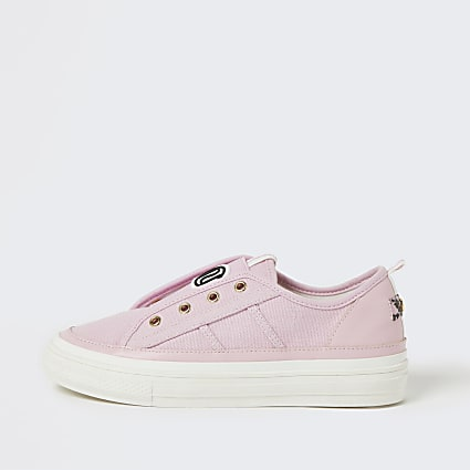Pink RI eyelet pull on trainers