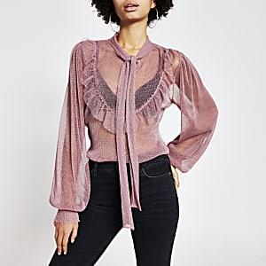 Rozedoorschijnende mesh blouse met ruches en strik rond hals
