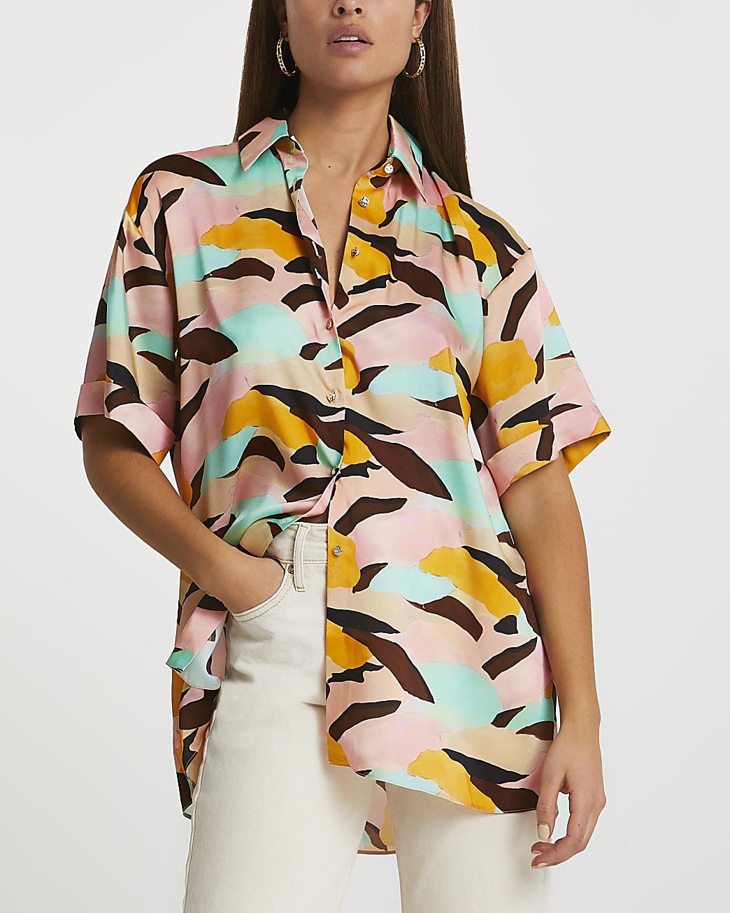 Pink short sleeve abstract print shirt