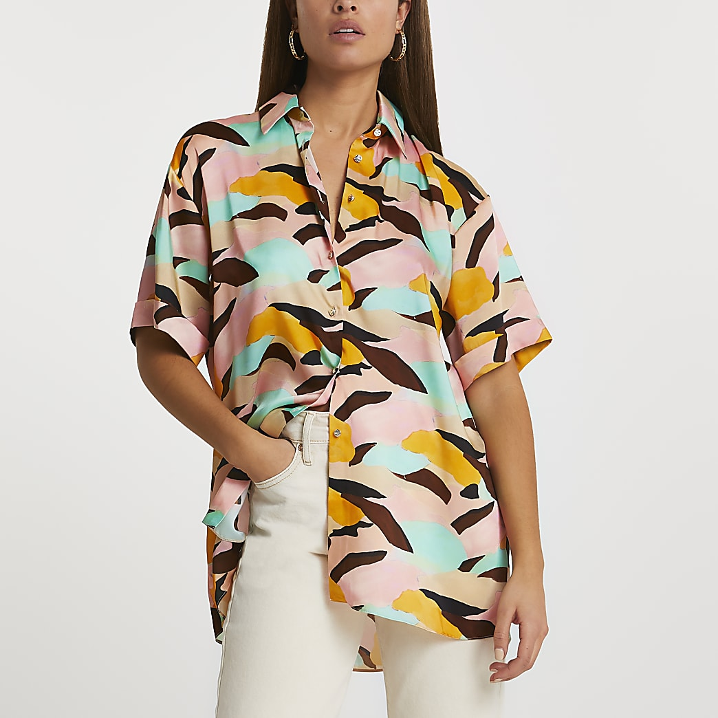 Pink short sleeve abstract print shirt