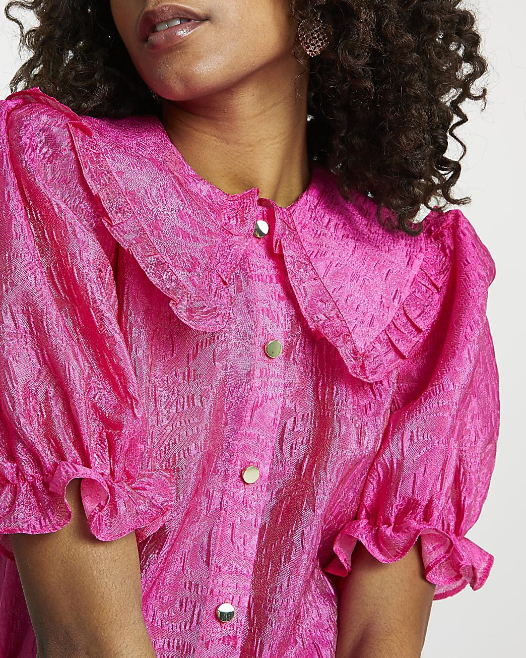 Pink short sleeve collar top