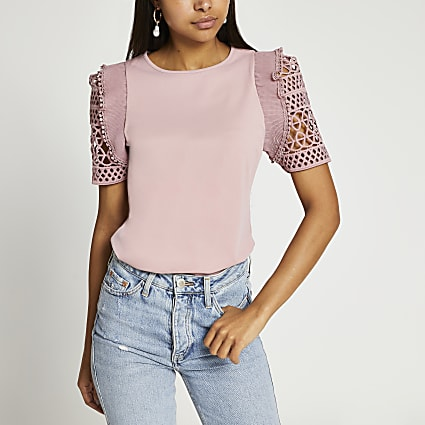 Pink short sleeve crochet frill sleeve top