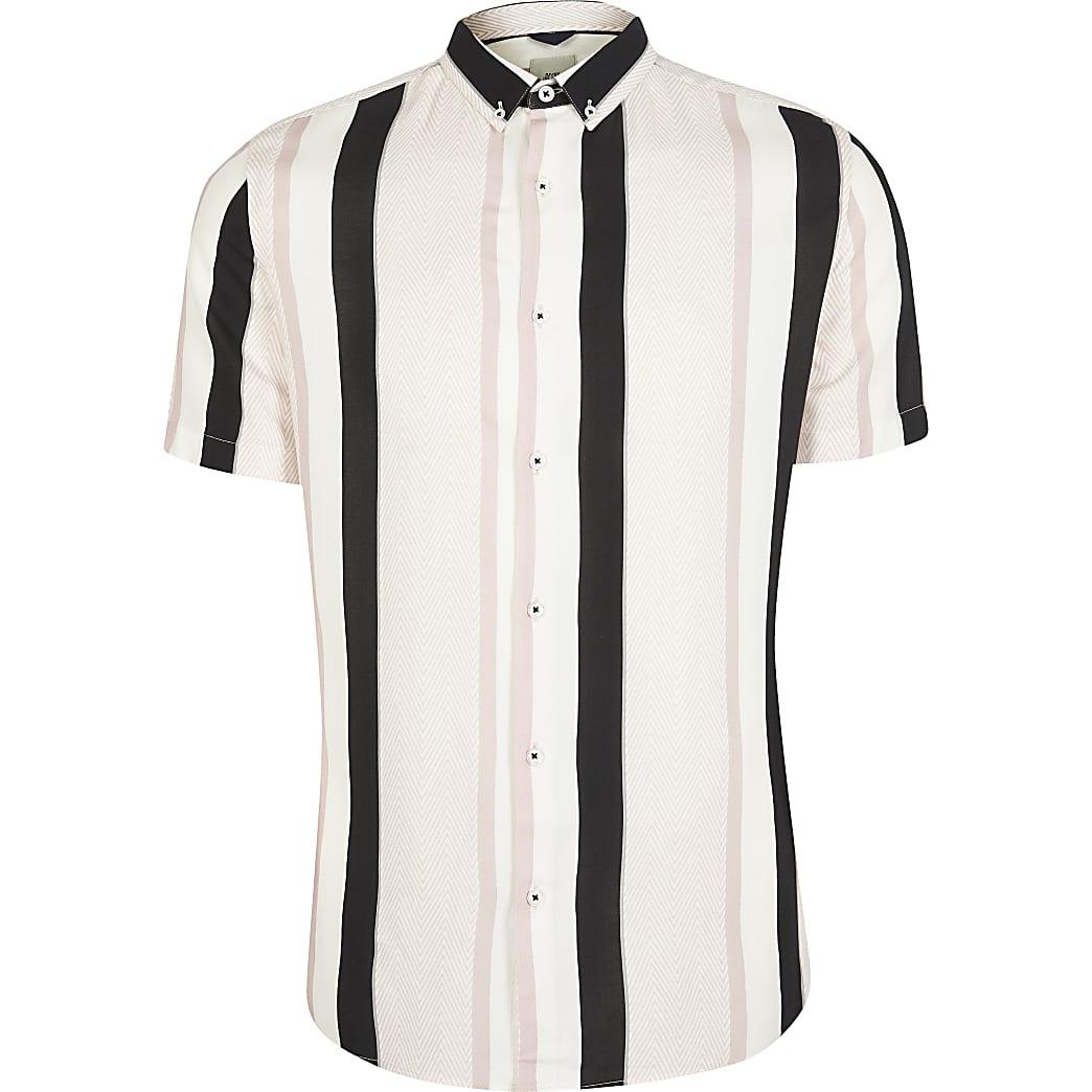 Pink stripe printed slim fit shirt