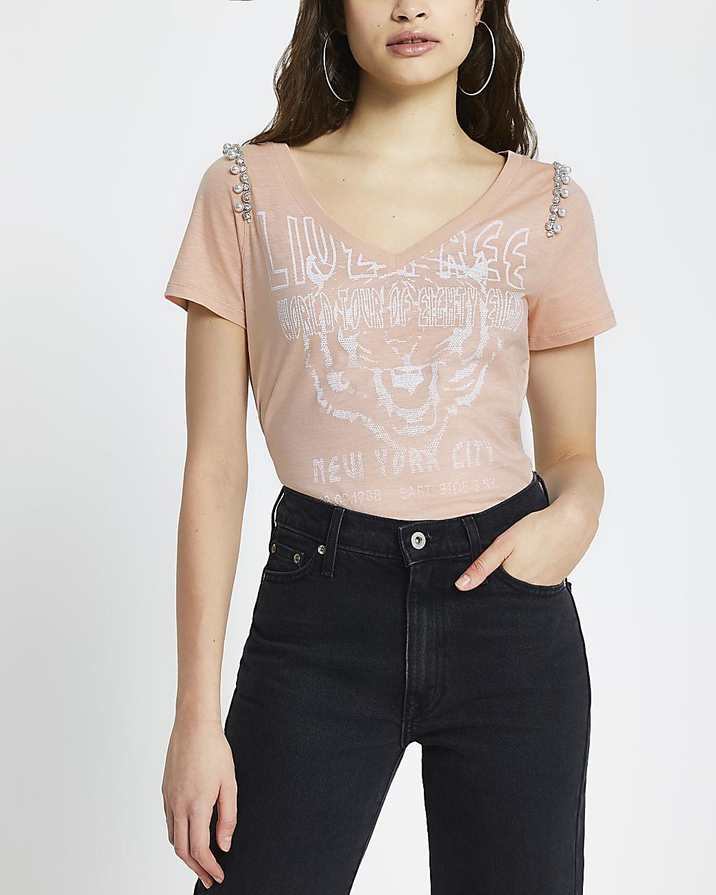 Pink v neck pearl embellished print t-shirt