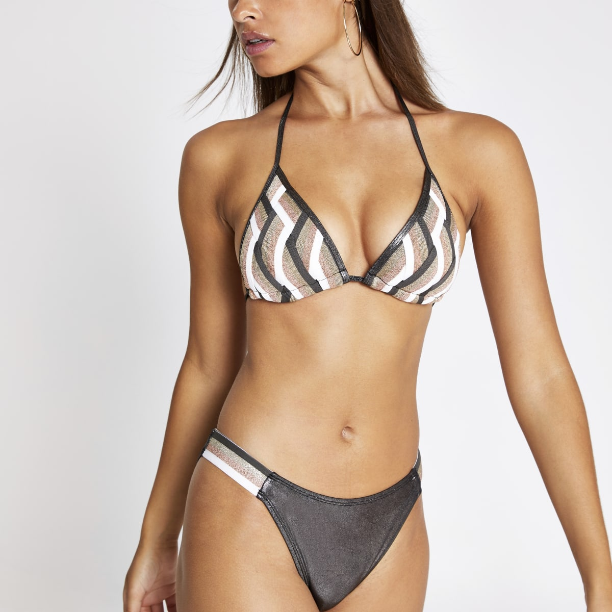 Haut de bikini triangle motif zigzags rose
