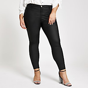"Plus – Beschichtete, halbhohe Jeggings ""Molly"" in Schwarz"