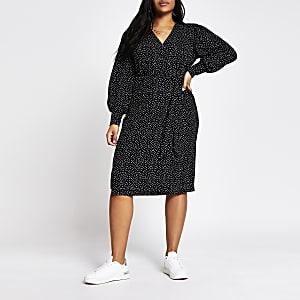 RI Plus - Zwarte midi-jurk met stippen en overslag