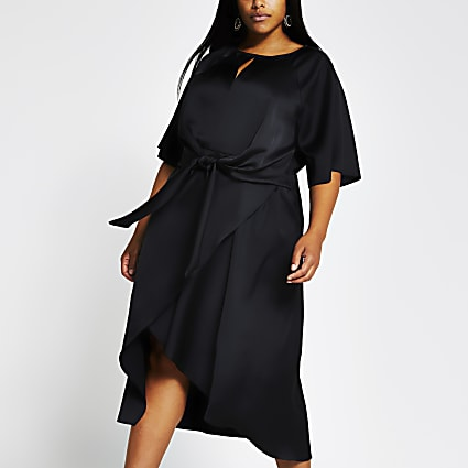 Plus black short sleeve tie side midi dress