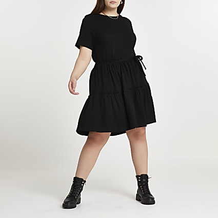 Plus black t-shirt tiered smock mini dress