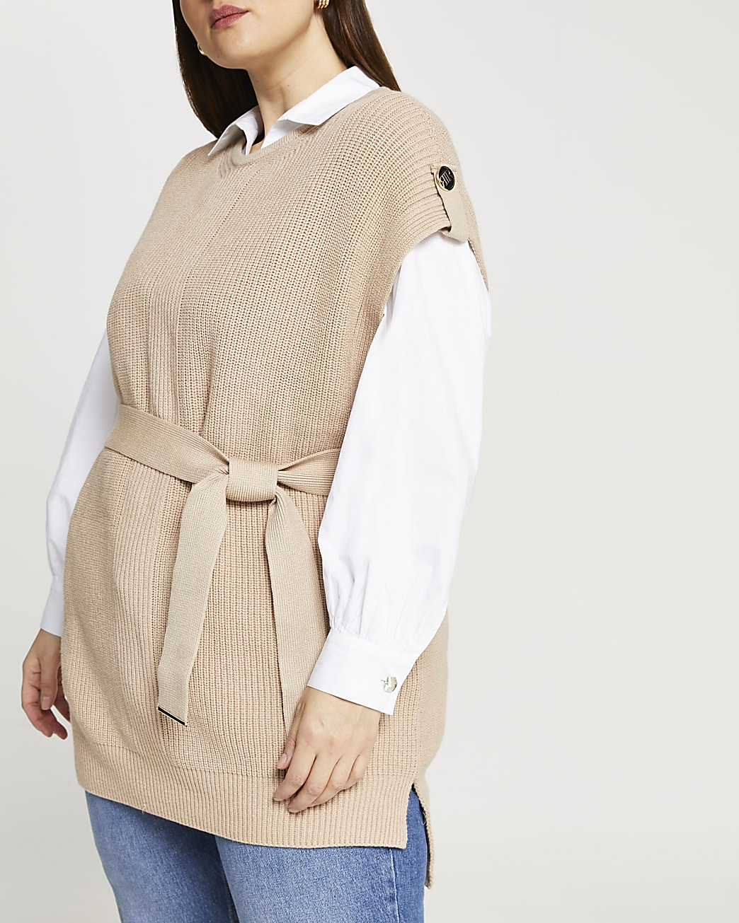 Plus brown knitted sleeveless jumper