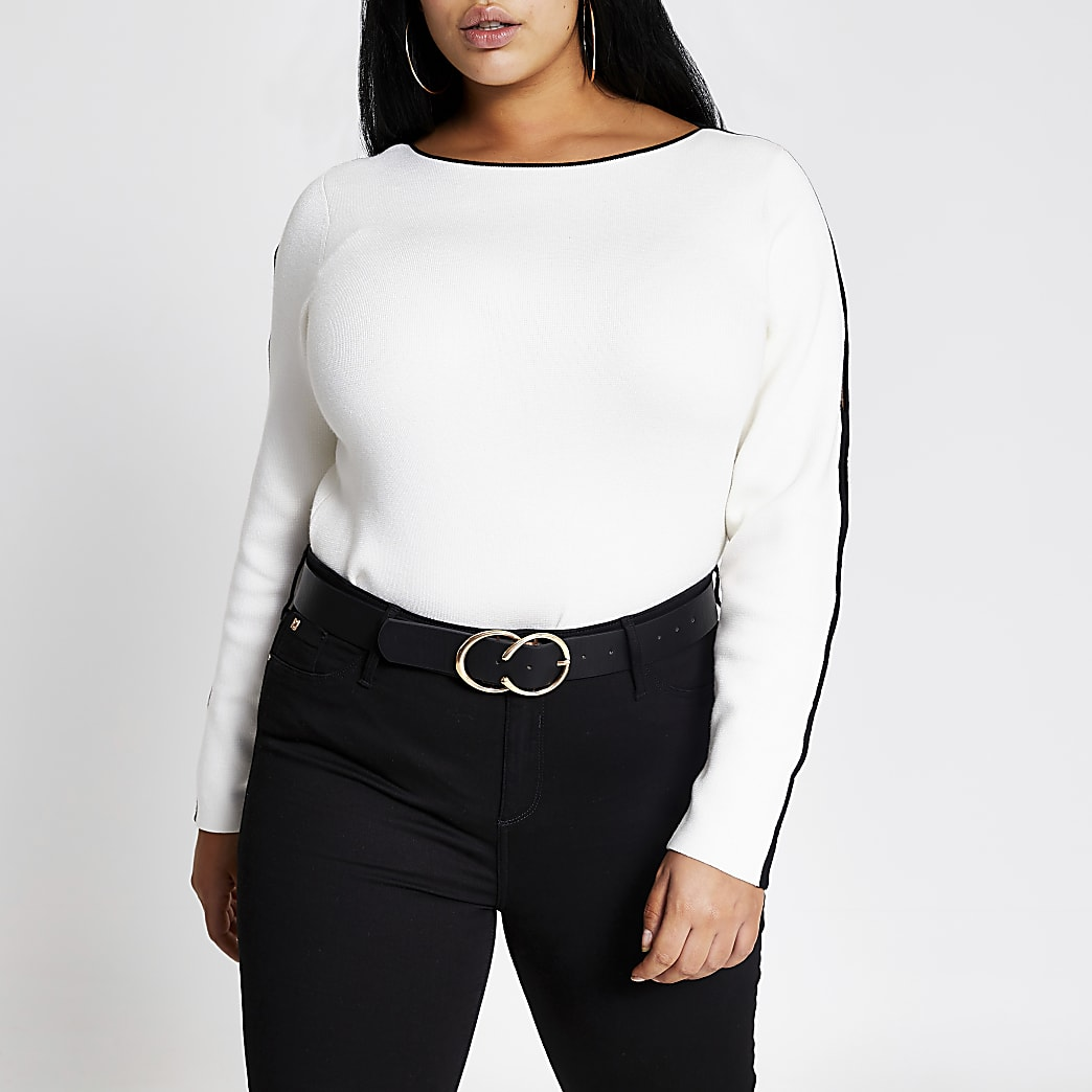 Plus cream cutout sleeve knitted top