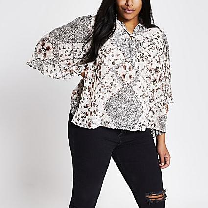 Plus cream floral pleated short sleeve blouse