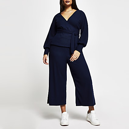 Plus navy belted ribbed culottes