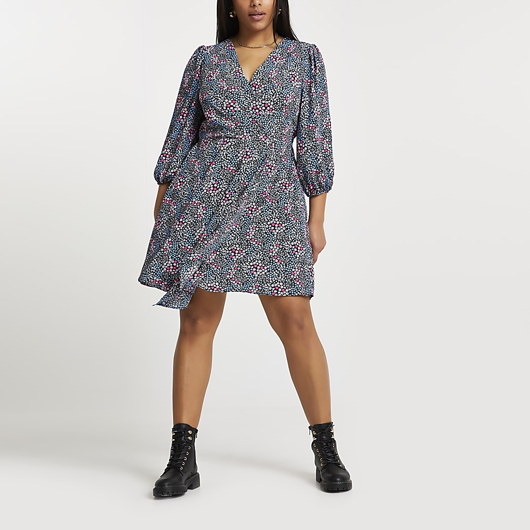 Plus navy floral mini wrap dress