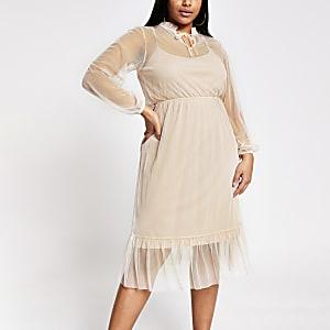 RI Plus - Roze gesmokte midi-jurk