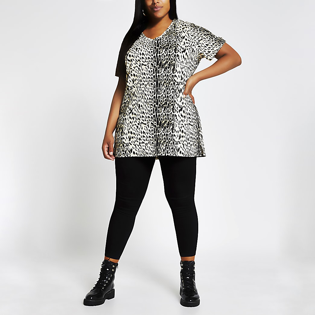 Plus v neck leopard print t-shirt
