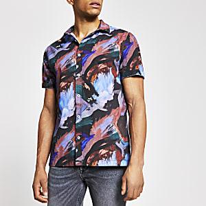 Paars slim-fit overhemd met korte mouwen en abstracte print