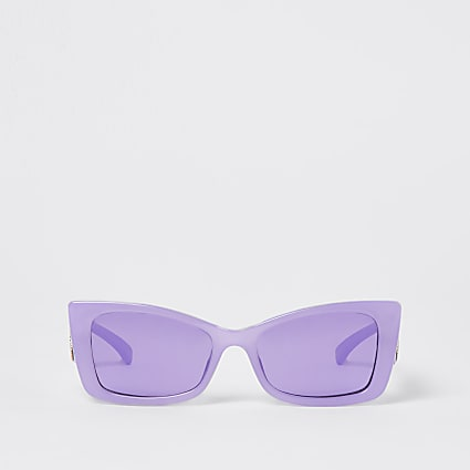 Purple flared cat eye sunglasses