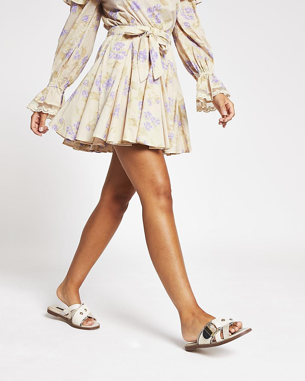 Purple floral printed mini skirt