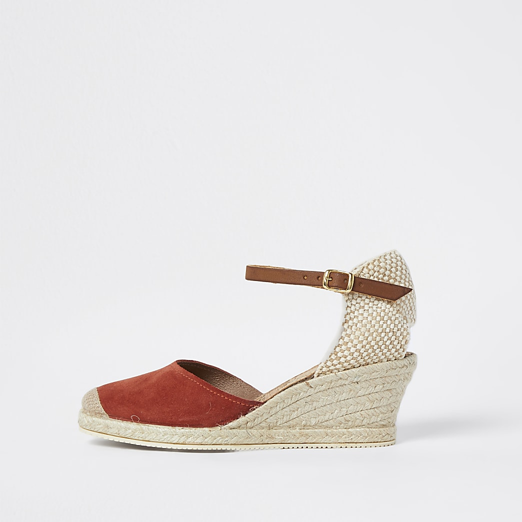 Ravel red wedge sandals