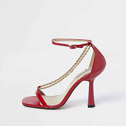 Red chain detail heels