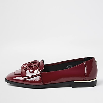 Red faux leather bow loafers