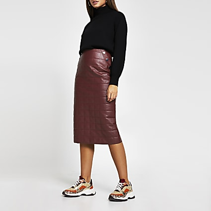 Red faux leather quilted midi pencil skirt