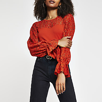 Red long puff sleeve blocked lace top