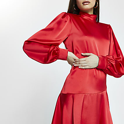 Red peplum hem shift mini dress