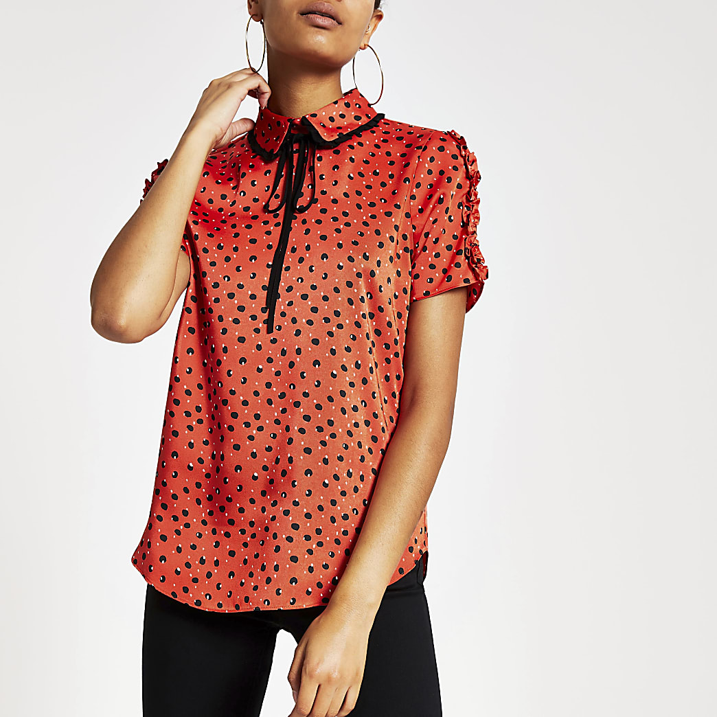 Red printed bow collar short frill top