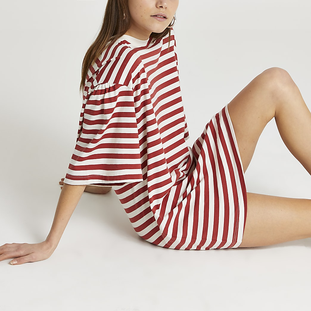 Red stripe print oversized t-shirt