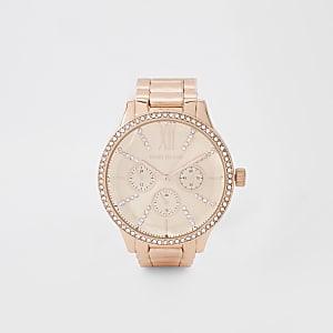 Montre avec bracelet en maille or rose à strass