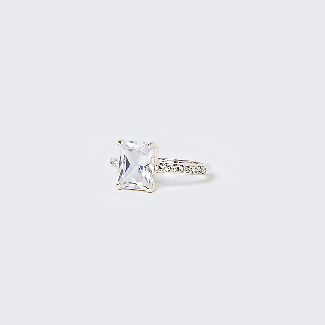 Rose gold rectangle crystal stone ring