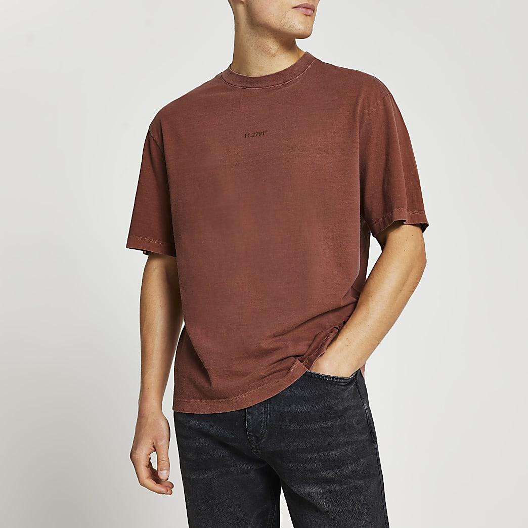 Rust oversized graphic t-shirt