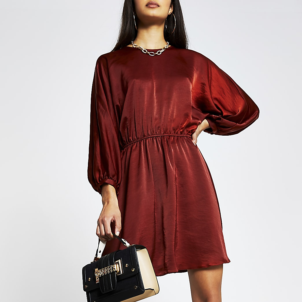 Rust short sleeve drawstring waist mini dress