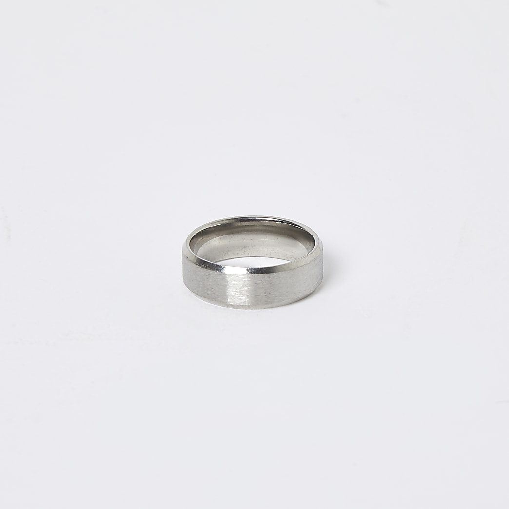 Silver brushed stainless steel ring