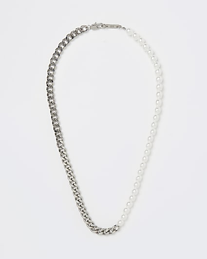 Silver colour chain and pearl necklace